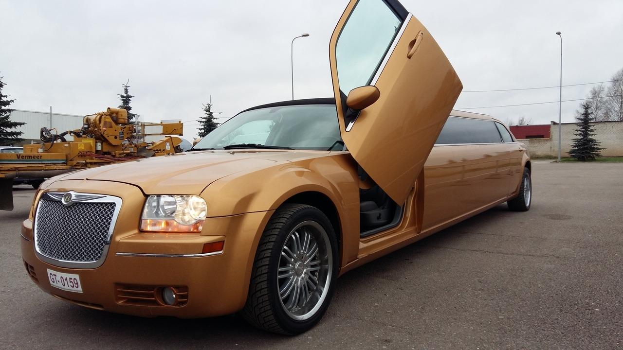 Lincoln Town Car limuzin bérlés